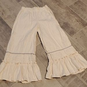 EUC Persnickety Ruffle Buttercup Flower Pant